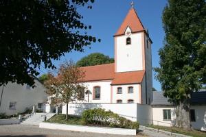 Rund ums Haus - Kirche in Biburg